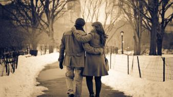 Winter love walk couple park wallpaper