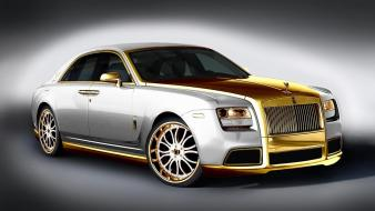Milano rolls royce ghost Wallpaper