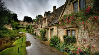 Nature houses the village wallpaper