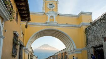 Guatemala santa catalina antigua arch wallpaper