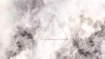 Smoke triangle wallpaper
