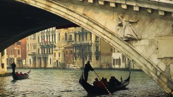 Venice grand italy rialto bridge gondolas canal wallpaper