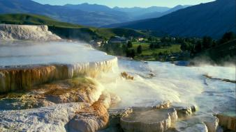 Mammoth yellowstone hot springs national park minerva wallpaper