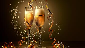 New year holidays champagne 2013 Wallpaper