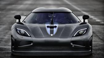 R black paint hyper car 1140 hp wallpaper