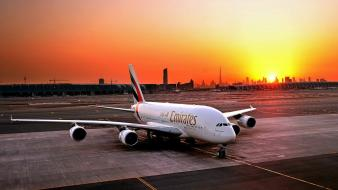 Sunset aircraft dubai airbus a380-800 aviation emirates airlines wallpaper