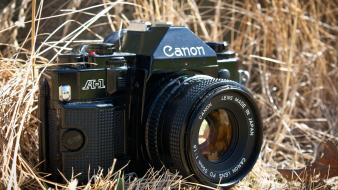 Vintage old cameras canon photo camera eos wallpaper