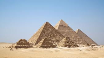 Desert egypt pyramids great pyramid of giza wallpaper