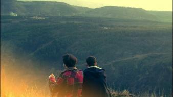 Mountains landscapes ed couple checkered clothing Wallpaper