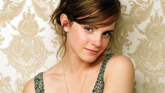 Emma Watson Hot Looks wallpaper