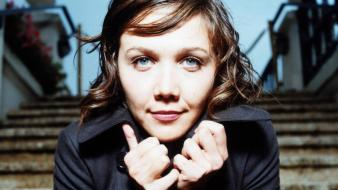Maggie gyllenhaal face wallpaper