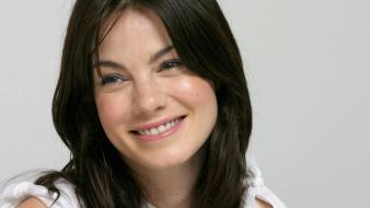 Michelle monaghan smile wallpaper