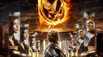 The Hunger Games 2012 wallpaper
