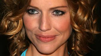 Tricia Helfer Face wallpaper