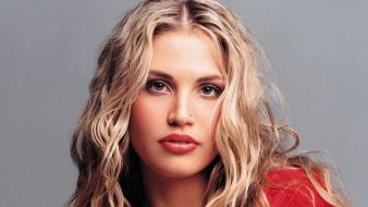Willa Ford Face wallpaper