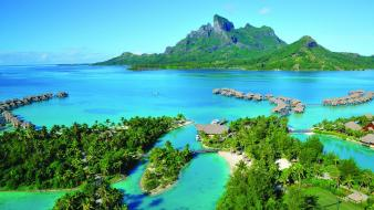 Emerald french polynesia tahiti z archipelago Wallpaper
