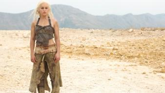 Thrones emilia clarke daenerys targaryen tv shows wallpaper