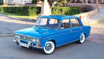 Cars lada russian 2103 Wallpaper