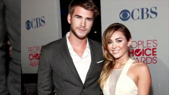 Liam hemsworth and miley cyrus wallpaper