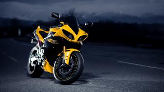 Yamaha yzf-r1 motorbikes night roads wallpaper