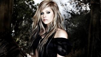 Avril lavigne actress blondes blue eyes fashion design wallpaper