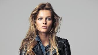Edita vilkeviciute brunettes green eyes jeans leather jacket wallpaper