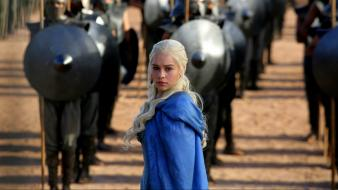 Game of thrones emilia clarke daenerys targaryen targaryn wallpaper