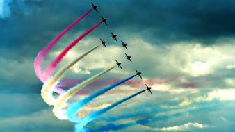 Smoke airshow contrails acrobatics aviation formation flying Wallpaper