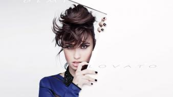 2013 demi lovato wallpaper