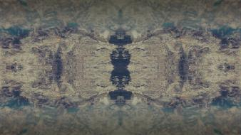 Abstract mirror effect wallpaper