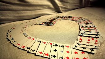 Cold playing cards beats wallpaper