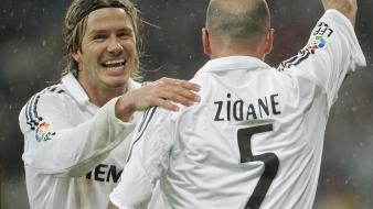 David beckham real madrid rain soccer zidane wallpaper