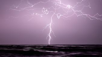 Lightning bolts sea wallpaper