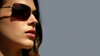 Lips sunglasses amanda righetti simple background faces wallpaper