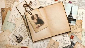 Letter love vintage wallpaper