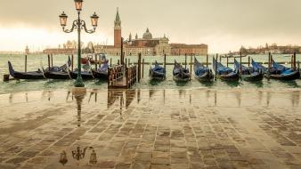 Cityscapes lanterns boats venice italy Wallpaper