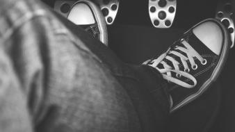 Converse black and white feet jeans pedal wallpaper