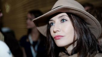 Eyes actresses hats faces carice van houten wallpaper