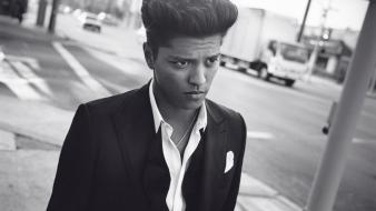 Music bruno mars monochrome entertainment wallpaper