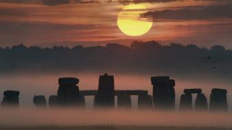 Sun dawn stonehenge mist scenic culture wallpaper
