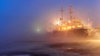 Ice winter ships fog port wallpaper