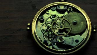 Old gears pocket watch mechanism wallpaper