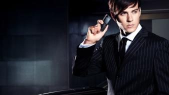 Suit men advertisement samsung striped clothing male models wallpaper