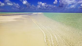 Water ocean clouds beach summer maldives south skyscapes wallpaper