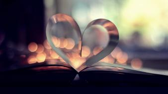 Books macro hearts pages wallpaper