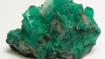Emerald crystals Wallpaper