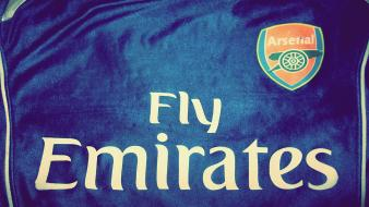 Fly emirates wallpaper