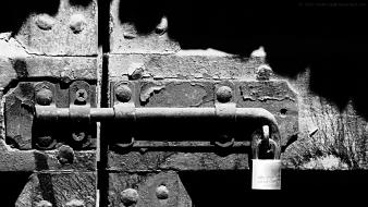 Bolt digital art padlock locks locked latch wallpaper