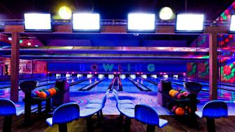 Bowling entertainment ball lane black lighting wallpaper