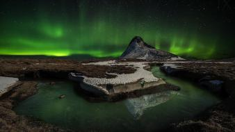 Mountains landscapes nature aurora borealis lakes reflections horseshoe wallpaper